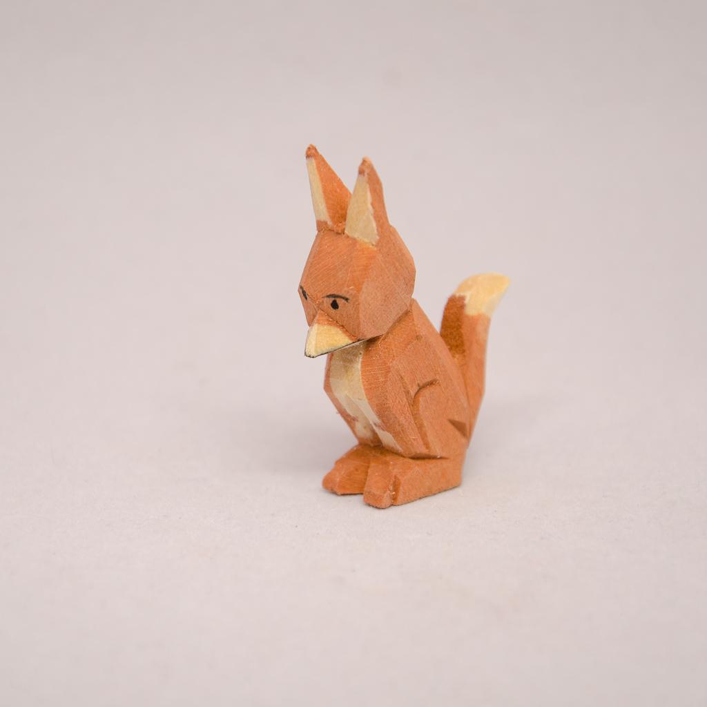 Fuchs sitzend