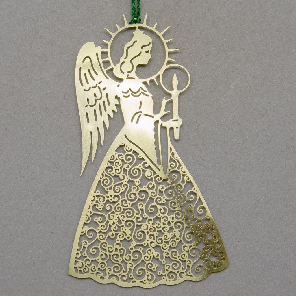Engel mit Spiralkleid